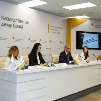 Press briefing on the occasion of the allocation of funds for the Program of preferential car loans